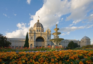royal_exhibition_building_tulips_straight