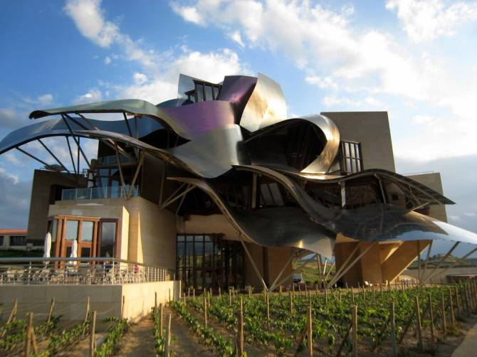 1398714475000-marques-de-riscal-winery-john-m-flickr
