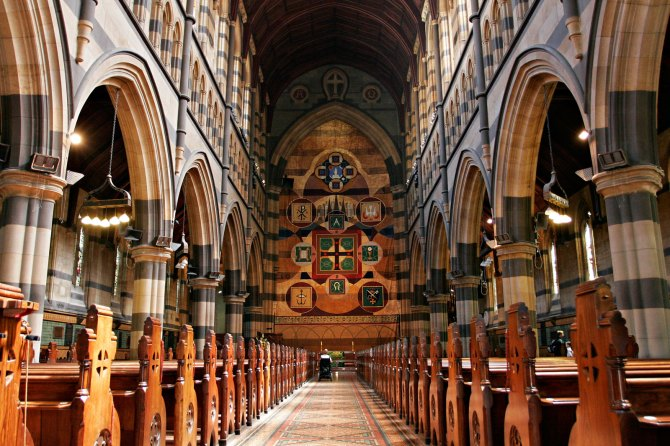 interior_of_st_pauls_melb03
